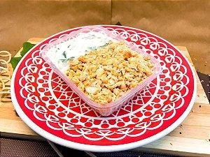 Salmão desfiado com creme de espinafre e arroz integral