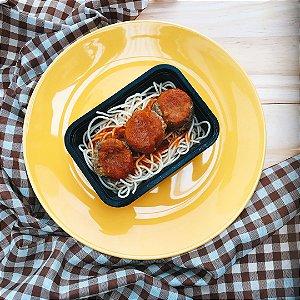 Espaguete com almondegas de lentilha ao molho de tomatem 300g