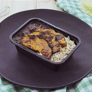 Abóbora agridoce grelhada ao mel, arroz integral e feijão preto 320g