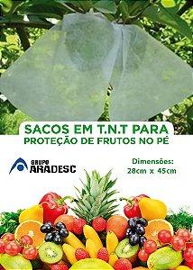SACO PARA PROTEÇÃO DE FRUTAS NO PÉ EM 28 X 45 cm EM TNT