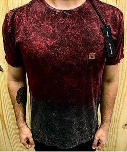 Camiseta Masculina Marmorizada Vermelha e Preta Original