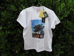Camiseta Masculina Reserva Grafite Favela Branca