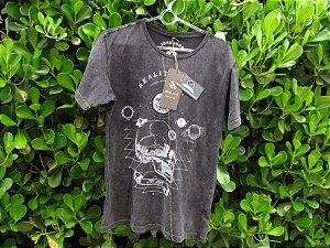 Camiseta Masculina John John Preta Caveira