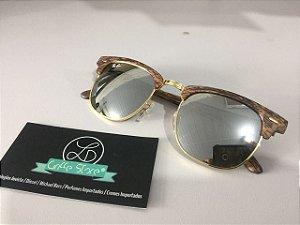 * Oculos de Sol Ray Ban Clubmaster Madeira Espelhado Cinza Lente Marrom