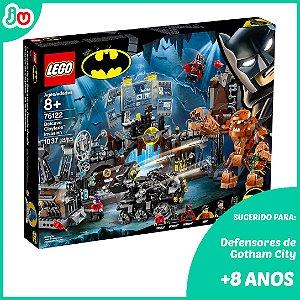 Lego DC 76122 Batman A Invasao Da Batcaverna de Clayface