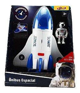 Ônibus Espacial Astronautas Luz E Som Com Boneco Fun F00248