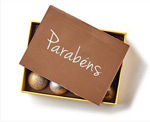 Yellow Box 12 Bombons com Placa Parabéns