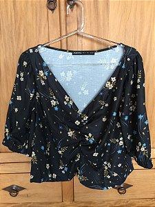 Blusa cropped flor azul marinho (42) - Amaro