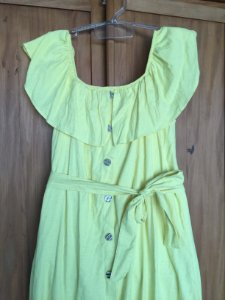 Vestido amarelo ombro a ombro (M) - Quintess  NOVO