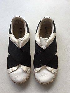 Tênis branco elástico preto (37) - Maria Barbosa