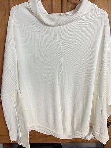 Blusa off white (M)