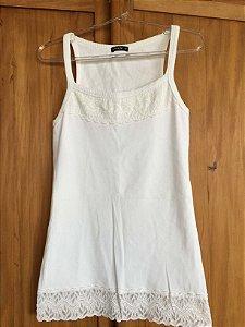 Camiseta canelada (M) - Atroz
