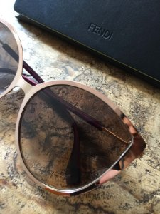 Óculos (U) - Fendi (com certificado de autenticidade)