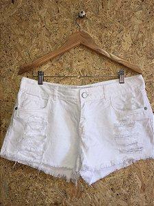 Short branco (40)
