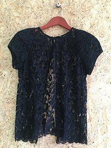 Blusa renda preta com ombreira (36) - Animale