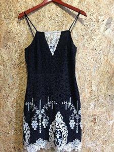 Vestido renda (M) - Lore