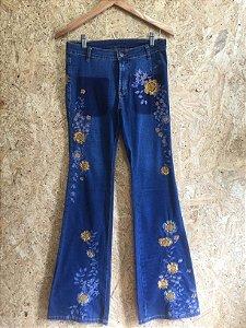 Calça jeans bordado flores (38) - Farm