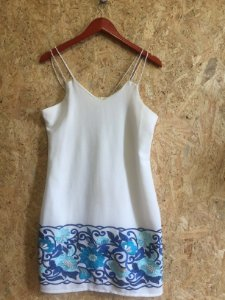 Vestido off white bordado Lara (M)