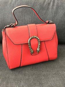 Bolsa vermelha detalhes - Amaro