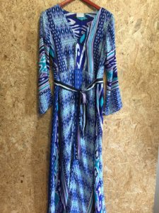 Vestido estampas tons azul (M) - N.N
