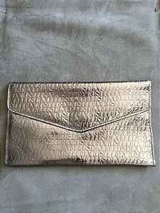 Carteira de mão prata textura - Ellus