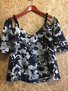 Blusa ombro vazado, alça barbante (PP) - Shoulder