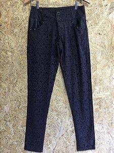 Calça preta textura (36)
