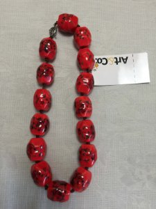 Colar resina vermelho flores - Artco NOVO