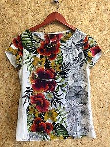 Blusa seda estampas (PP) - Adriana Barra