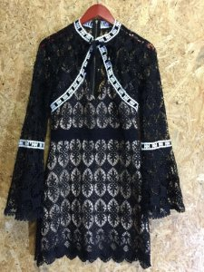 Vestido renda manga flare (38) - S.Club