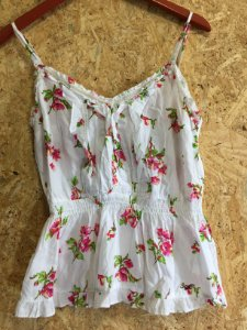 Camiseta Flores (G) - Hollister