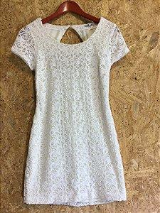Vestido off white renda (P) - INSP