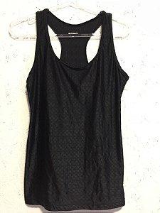 Camiseta texturas preta (M) - Memo