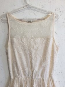 Vestido off white (M) - Gloss style