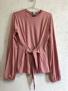 Blusa rosa laço na frente (M) - Basique NOVA