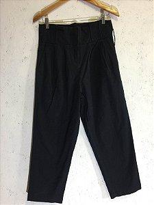 Calça preta clochard  (40) - Amaro