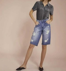 Bermuda jeans alongada boyfriend (36) - Shoulder