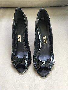 Sapato verniz preto (37) - Santa Lolla