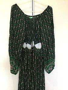 Vestido verde recortes (M) - Farm