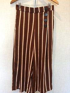 Calça listras pantacourt (P) - Zara