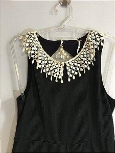 Vestido preto e gola tricot (M) NOVO