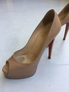 Sapato peep toe (37,5) - Louboutin