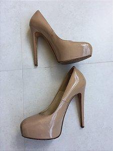 Sapato meia pata (37,5) - Brian Atwood