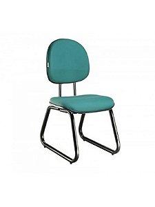 Cadeira Executiva Revestida em Tecido com Base Trapézio