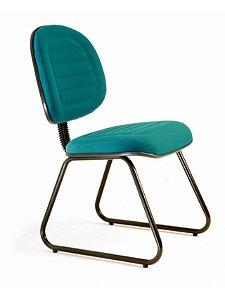 Cadeira Executiva Gomada com Base Trapézio