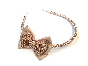 Tiara Luxo com Pérolas Rosê e Laço com Coração Roana