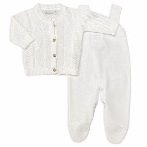 Conjunto Saída de Maternidade Versalhes  - Casaco e Jardineira Branca