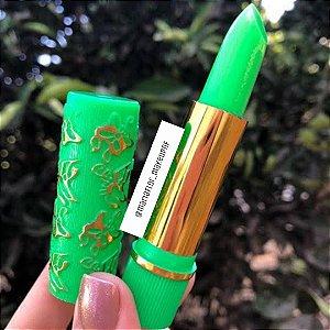 Batom verde 24horas ( fica Rosa o batom da vovó)