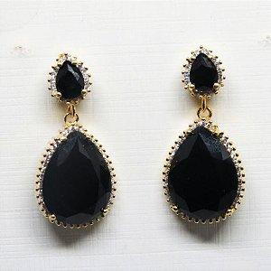 Brinco pedra natural preta folheada em ouro 18k