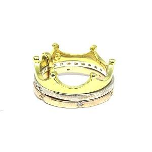 Anel triplo de coroa folheado em ouro 18k, prata e ouro rosé.